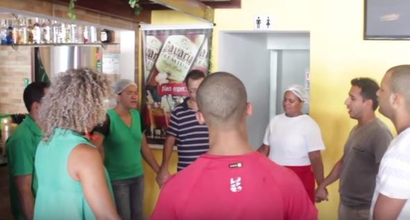 reuniao-oracao-restaurante
